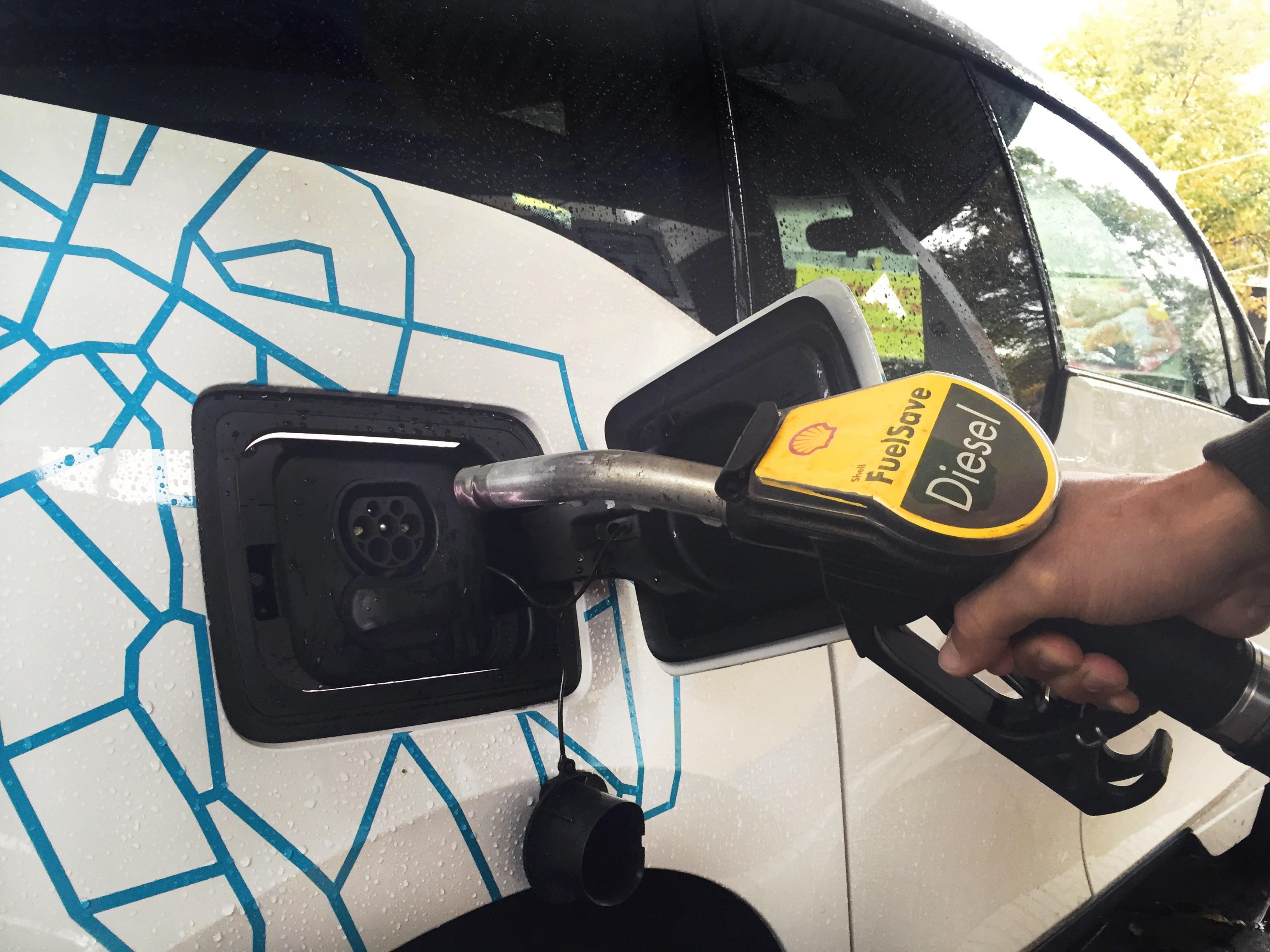 Elektrisch tanken? Tankstellen und die Zukunft der Elektromobilität